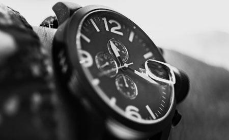 bbe3fcc4 Однажды наступает день, и вы понимаете, что хотите носить часы. Желание  немного странное, так как практической стороны здесь нет — у каждого в  кармане ...